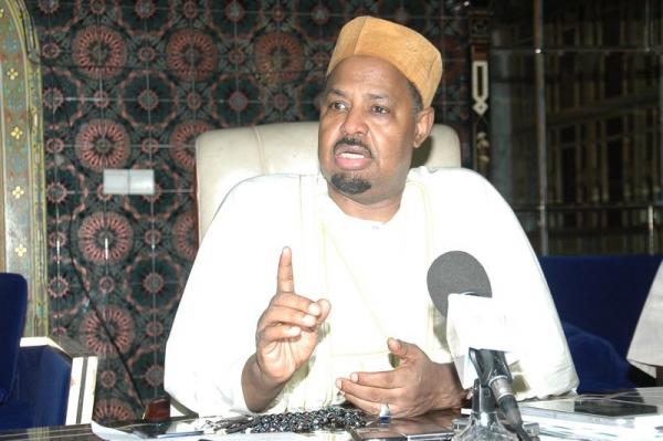 """Ahmed Khalifa Niass à l'imam Samb : """"Réduire le minbar de prière à une propagande politique, aux yeux de la religion, est une souillure"""""""