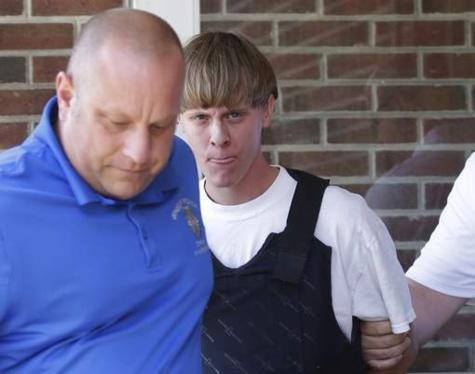 Le tueur de Charleston plaide non coupable