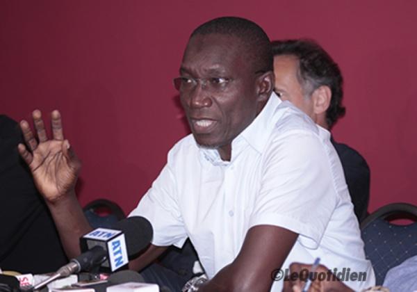 """Me Amadou Sall s'attaque encore au Président: """"Macky Sall est sourd, muet, aveugle..."""""""