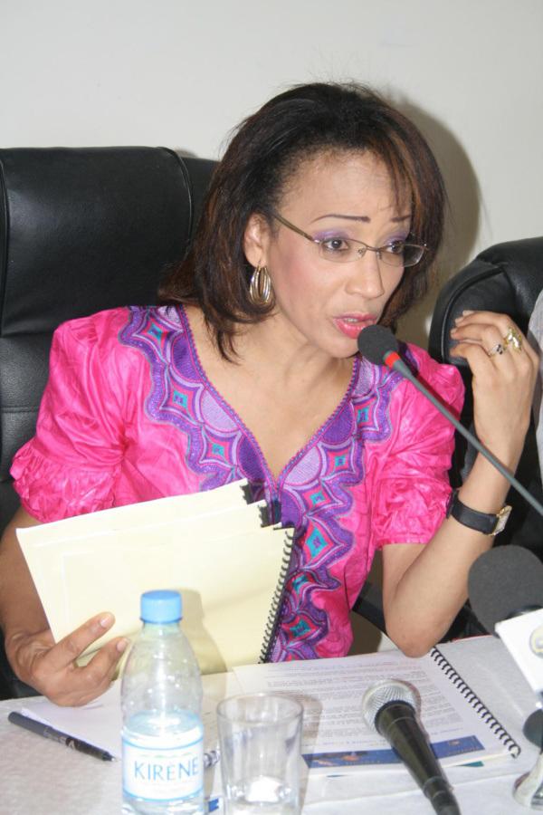 """Hélène Della Chaupin réagit à la démission de Maïmouna Diop : """"Comment on peut démissionner d'un poste qui n'existe même pas"""""""