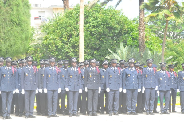 Sortie de la 41ème promotion de l'Ecole de police : « La répression doit venir au dernier moment », selon le directeur de l'école nationale de police