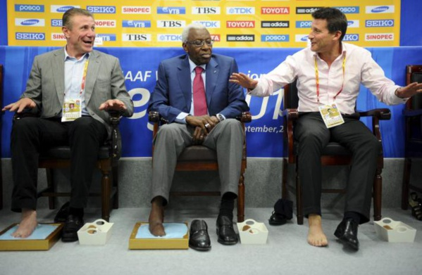 Athlétisme : Sébastian Coe succède à Lamine Diack à la tête de l'Iaaf