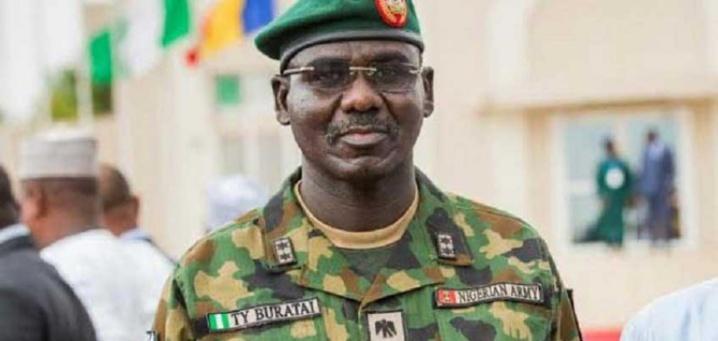 Nigeria : le chef de l'armée échappe à une embuscade de Boko Haram (armée)
