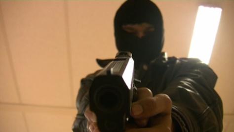 Braquage en plein jour à Pikine : La suppléante d'une agence de Wari ligotée par un étudiant armé d'un pistolet