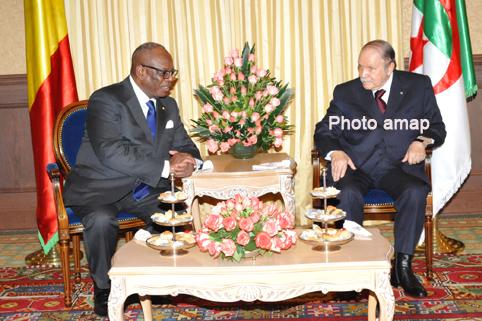 Pour la relance du processus de paix : Bouteflika invite IBK à Alger