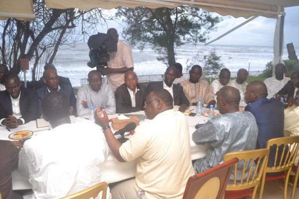 Séance de travail avec les Dg de sociétés et d'agences : Macky crée le malaise chez ses ministres