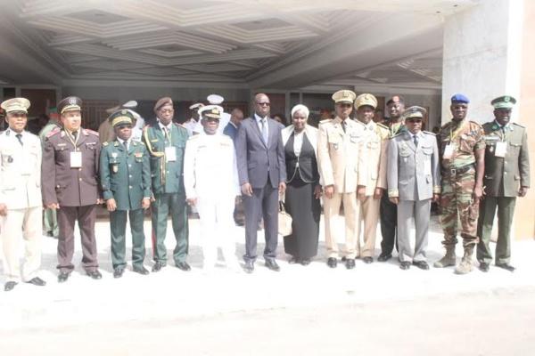 """Vice-Amiral Mathew Quashie : """"Il est nécessaire de sensibiliser les populations sur le mode de recrutement des terroristes""""."""