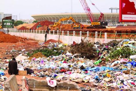 Insalubrité à Dakar : Les ordures ménagères submergent le Pont de l'émergence