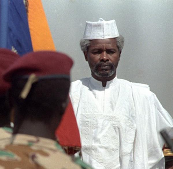 Pour préparer sa fuite, Hissein Habré avait demandé au trésorier général du Tchad de lui mettre 3,5 milliards dans des sacs, révèle un témoin