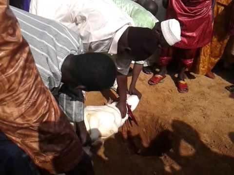 Thies TV: Intégral de la prière de la Tabaski à Thies à Moussanté: Le sermon de l'imam Ndiour (thiesinfo.com)