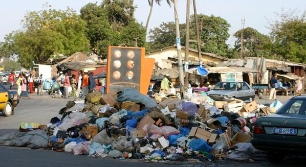 Dakar et les ordures : ça risque de s'empirer si l'Etat ne règle pas les 03 mois d'arriérés de sa facture