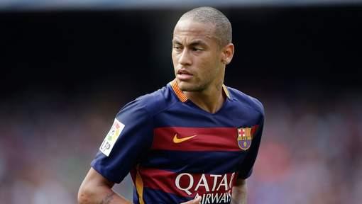 Neymar poursuivi par la justicie brésilienne, son agent lui conseille un paradis fiscal et... le Real Madrid
