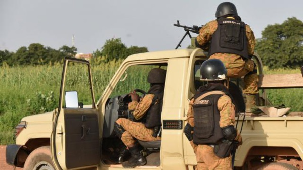 Burkina Faso : l'armée donne l'assaut contre la caserne des ex-putschistes