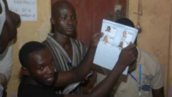 Scrutin présidentiel en Guinée : Des cas de fraude massive recensés dans plusieurs sous-préfectures