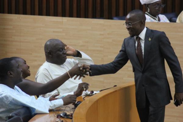 """Abdou Mbow """"choqué"""" par les propos de Doudou Wade"""