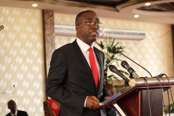 """Matata Ponyo Mapo, PM de la RDC : """"Ce n'est pas en distribuant des houes, des haches... que l'agriculture africaine va se développer"""""""