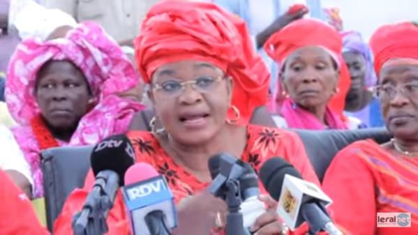 """Aïda Mbodji: """"Macky Sall est derrière cette folie de Modou Diagne Fada qu'il veut dresser contre Me Wade"""""""