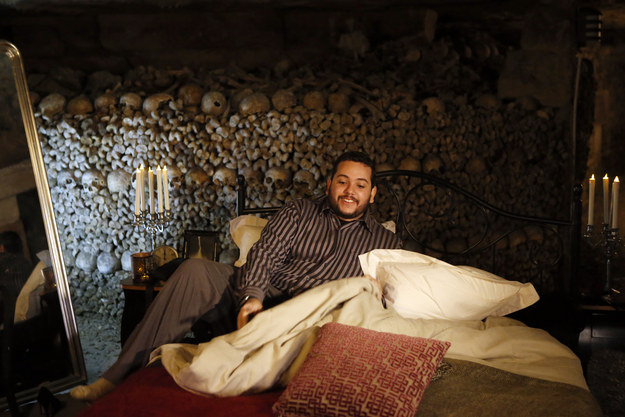 Ce mec a passé la nuit d'Halloween dans les catacombes