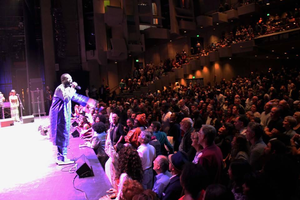 Youssou Ndour enflamme l'université de Berkeley de Californie