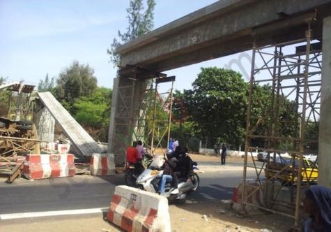 """Kaka Diallo, ingénieur en génie civil : """"Les passerelles ne sont pas conçues pour recevoir des charges permanentes"""""""