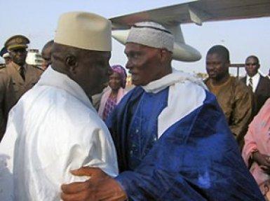 """Yaya Jammeh: """"Wade est arrogant...Je l'ai prévenu de ne pas mettre sa tête sans cheveux sur mon chemin"""""""