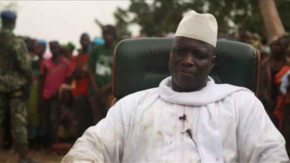 L'Apr répond à Jammeh: «Président niveau école primaire, tais toi !»