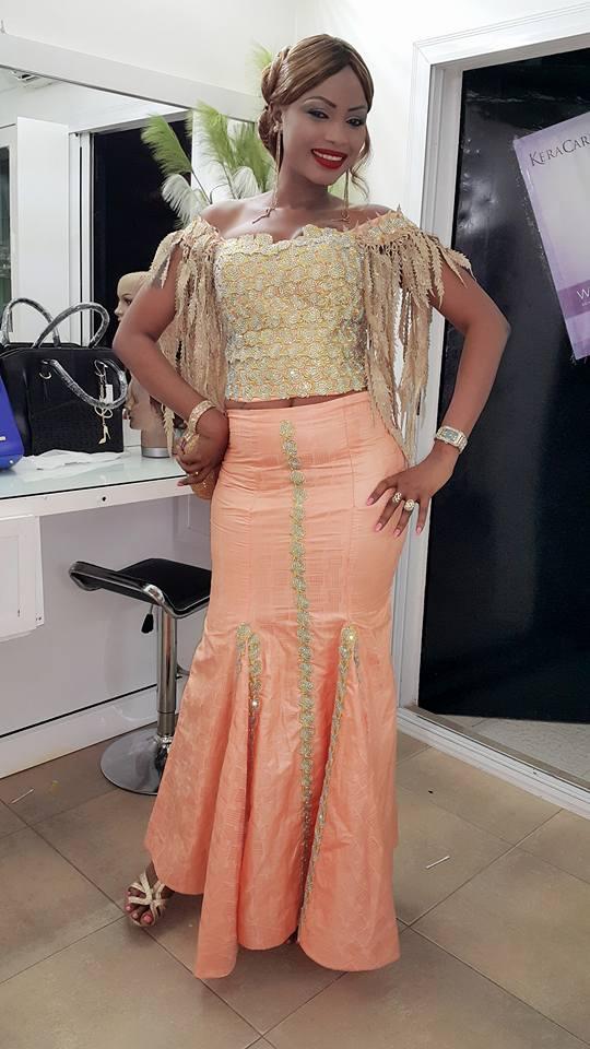 Mbathio Ndiaye dans une tenue absolument fantastique au sabar de Ndèye Guèye