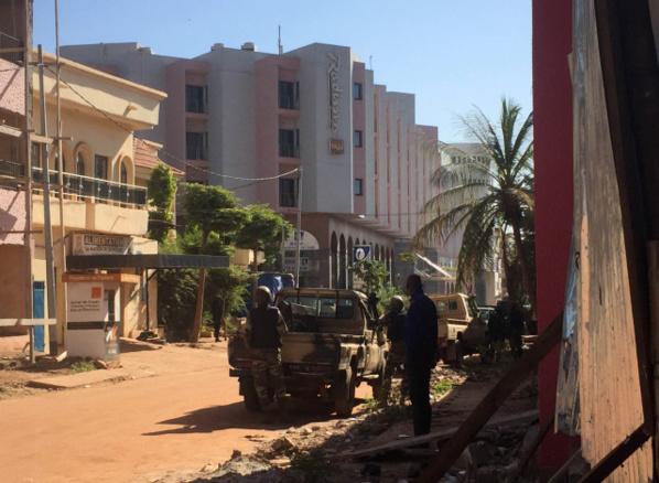 Prise d'otages à Bamako: 80 personnes libérées, selon la télévision publique malienne