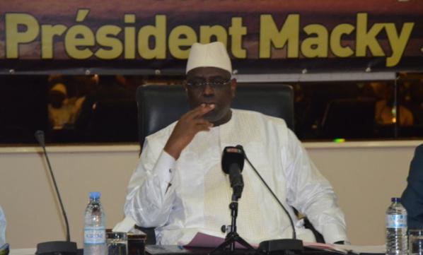 """Macky Sall tance les responsables de l'Apr : """"Vous m'indisposez, vous indisposez les Sénégalais..."""""""