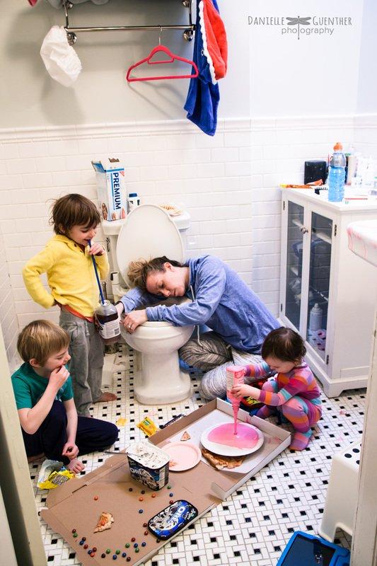 16 photos de familles RÉALISTES ! Parce qu'être parents, ce n'est pas forcément facile tous les jours...