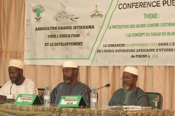 """Lutte contre l'extrémisme religieux au Sénégal: L'Association """"Daroul  Istikhama"""" en phase avec le Président Sall mais…"""