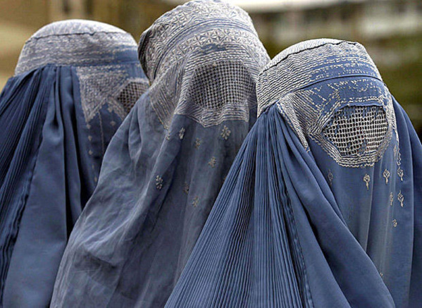 Pour pousser le gouvernement à réagir : Une marche nationale contre la burqa en vue