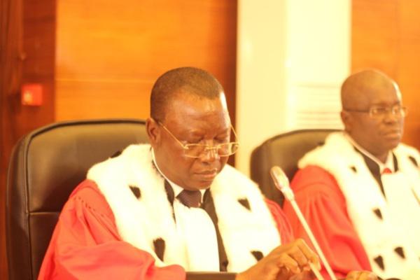 """Fin de la première étape du procès  Habré : La défense relève de """"graves irrégularités"""" et accuse  Mbacké Fall, Read Brody , Gustave Kam"""