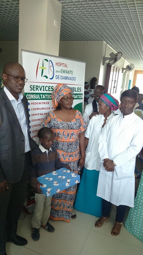 Hôpital pour enfants de Diamniadio : Plus de 200 enfants hospitalisés reçoivent des cadeaux