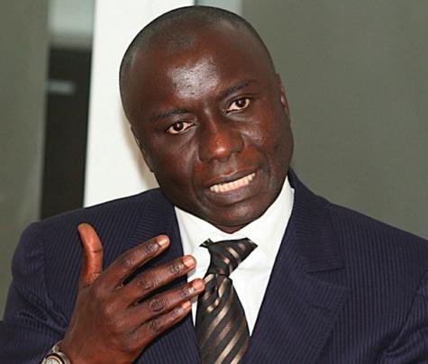 """Idrissa Seck tacle Macky Sall : """"Pour l'investissement, l'Etat donne 93 FCfa à chaque Thiessois et par an"""""""