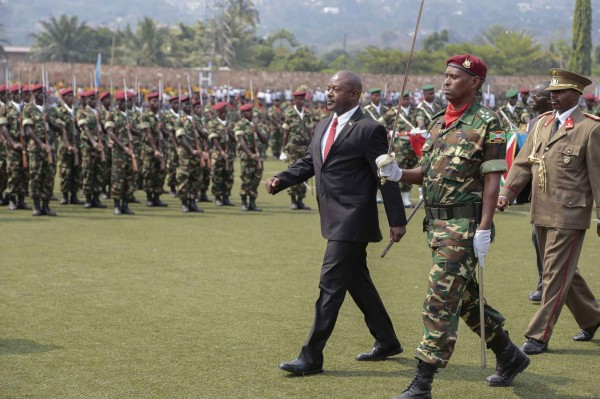 Burundi : Nkurunziza menace de recourir à la force contre des troupes de l'UA