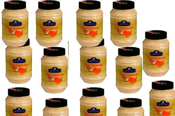 Plus de deux tonnes de mayonnaise périmée saisies chez un commerçant, à Kaolack
