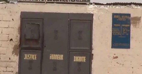 La veille de son évasion, Boy Djinné a utilisé le téléphone d'un garde pénitentiaire