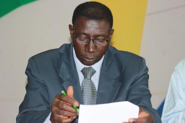 """Le professeur Malick Ndiaye sur son exclusion : """"Les leaders de Macky 2012 sont totalement passés à côté"""""""