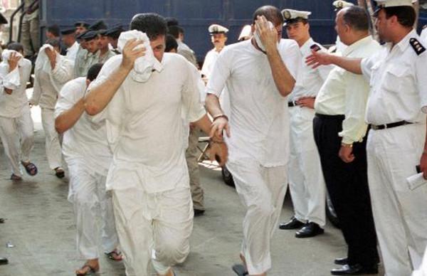 Egypte: 3 ans de prison pour 8 hommes accusés d'avoir participé à un mariage gay