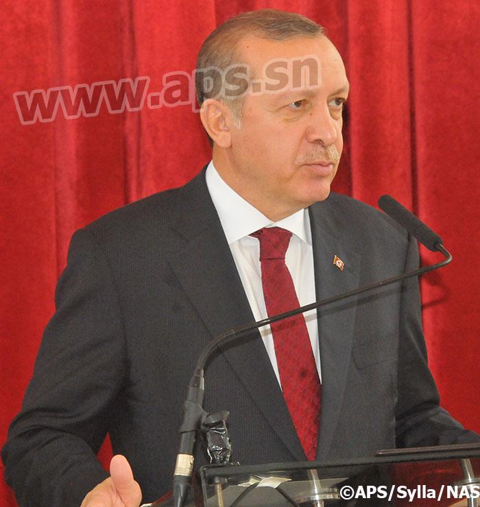 Erdogan quitte Dakar après une escale technique