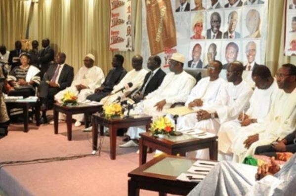 Le Sénégal a le plus grand nombre de partis politiques au monde - Par Mamadou Sy Tounkara