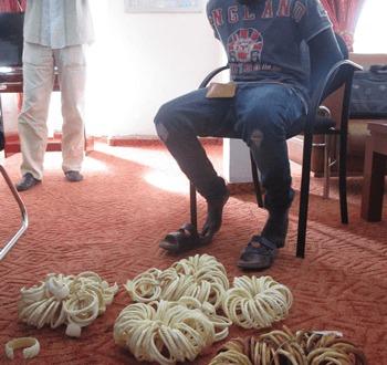 Commerce illégal et contrebande: trois trafiquants arrêtés avec une grande quantité d'ivoire