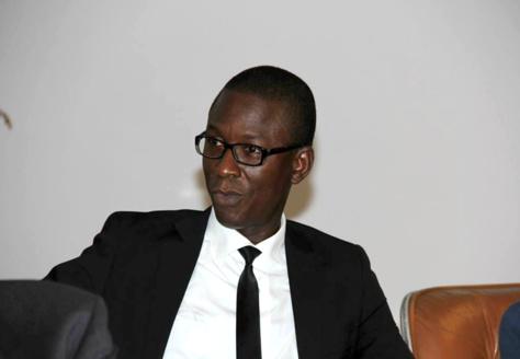 Mandat : Primauté du septennat « Constitutionnel » sur le quinquennat « Présidentiel », la meute et les lâches ! - Par Alioune Badara Niang