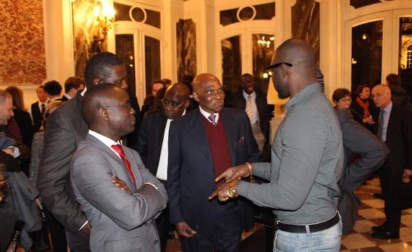 Grands défis de l'Afrique: Abdoulaye Wade avocat de l'Afrique à la conférence Olivaint à Paris