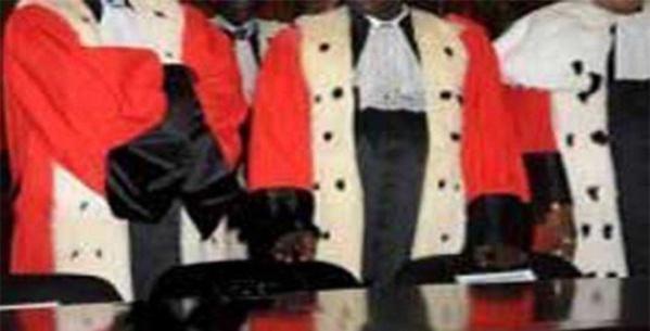 """Abdou Aziz Ndiaye : """"Où étaient ces agrégés et docteurs en droit quand Wade imposait son forcing ?"""""""