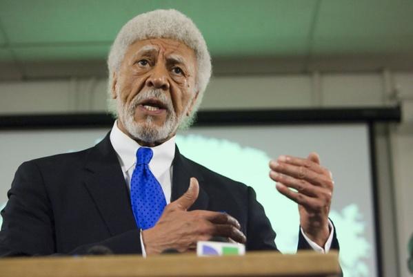 Affaire Karim Wade : L'ancien sénateur et ex-maire d'Oakland, Ron Dellums, s'en mêle et réclame la libération de Wade-fils