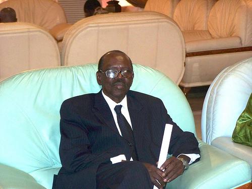 Mobilisation par l'opposition de 130 000 jeunes pour sécuriser le référendum : Une intoxication, selon Madior Diouf