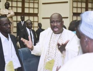 Farba Ngom prévient : « L'opposition a intérêt à faire attention »
