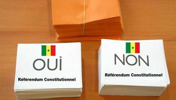 Le Oui et le Non s'arrachent les bureaux de vote à Khar Yalla